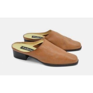 Vintage Shoes - honey leather mules